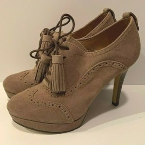 Tommy Hilfiger Lace Up High Heels Size 8.5 M Brown
